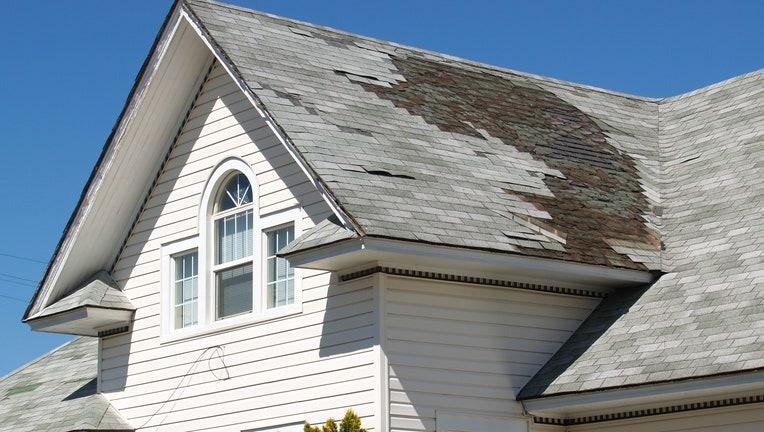 Credible-roof-damage-iStock-157330520.jpg