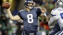 Matt Hasselbeck takes his place in Seattle's Ring of Honor