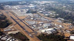 Allegiant Air backs out of Paine Field passenger service