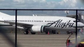 WOW! Alaska Airlines employee buys plane ticket for stranded passenger out-of-pocket