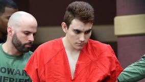 Parkland shooting suspect receiving 'perverted' love letters in jail