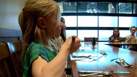 Seattle school teaches etiquette classes for kids