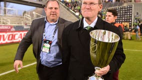 Commentary: Contract extension is expected, but no reason to hesitate any longer to re-sign Schmetzer