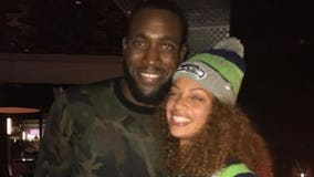 Bam! Seahawks' Kam Chancellor gets engaged after MNF: 'It's Official 💍'