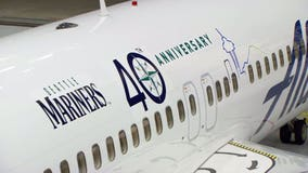 Alaska unveils special Seattle Mariners-themed plane