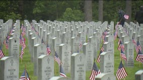 High schoolers place thousands of flags at military graves in Kent