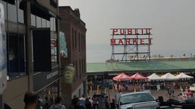 Smoky air doesn't dull Seattle's shine as a tourist stop -- yet