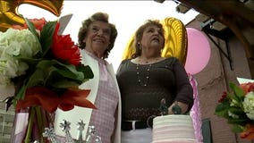 Pair of waitresses celebrate working 50 years at same restaurant