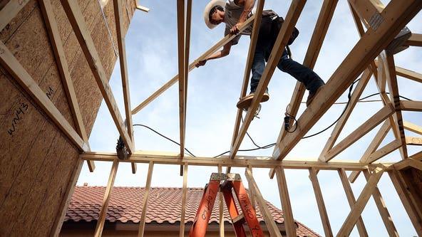 Carpenters in Seattle area go on strike