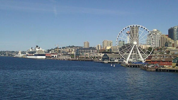 Seattle park closed after gap found between pier and land
