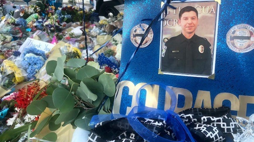 Friends, family mourn Bothell police officer Jonathan Shoop killed in line of duty