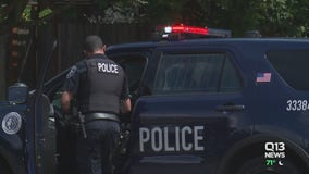 Officers leaving Seattle Police Department in record numbers