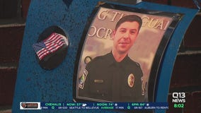 Fallen Bothell officer Jonathan Shoop honored with private memorial