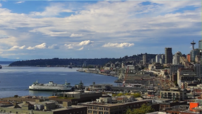 2 children, 1 adult experience carbon monoxide poisoning aboard boat in Seattle
