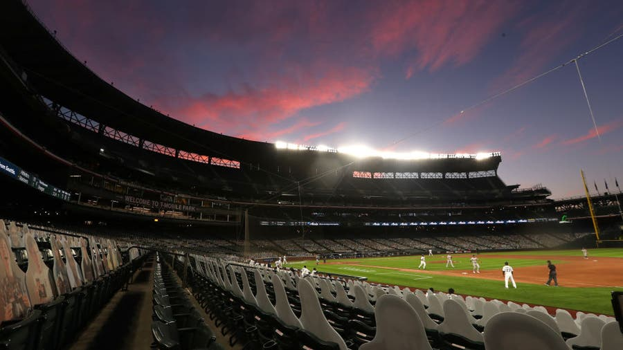 Seattle Mariners no longer require fully vaccinated fans to wear masks at games