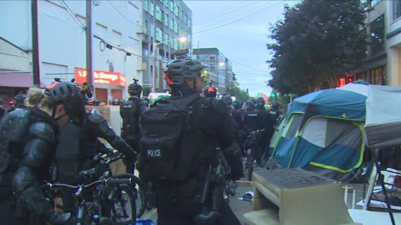 Feds deem Seattle, Portland, New York City as 'anarchist jurisdiction'