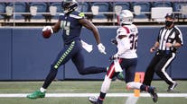 Russell Wilson's 5 TD passes lead Seahawks to 35-30 victory over Patriots