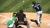 Two Seattle Mariners earn Golden Gloves Awards