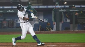 Mariners rally to topple Athletics 6-5 in first game of doubleheader