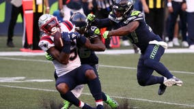 Seahawks' Quandre Diggs ejected for helmet-to-helmet hit