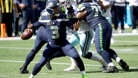 For 2nd time this season, Russell Wilson named NFC Offensive Player of the Week