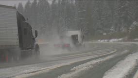 Heavy slush causes 'treacherous' conditions on I-90 along Snoqualmie Pass