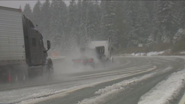 Heavy slush causes 'treacherous' conditions on I-90 along Snoqualmie Pass