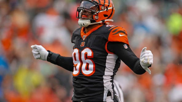 Seahawks strike trade deal with Bengals for DE Carlos Dunlap