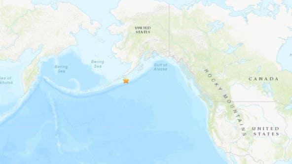 Magnitude 7.5 earthquake off Alaska prompts tsunami alerts