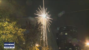 Iconic star in downtown Seattle gets new technology to give virtual holiday cheer and support a cause