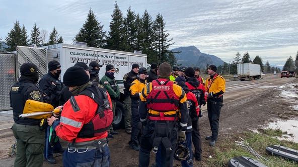 Search continues for Oregon woman swept away in mudslide