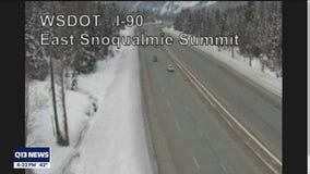 I-90 West reopens at Snoqualmie Pass after 2 military vehicles crash