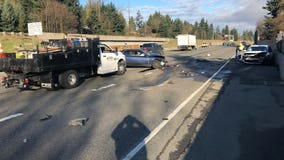 WSP: Wrong-way driver crashes head-on into another car on I-5 in Everett