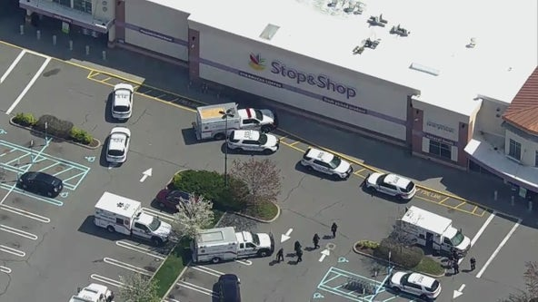 3 people shot at Stop & Shop on Long Island: Source