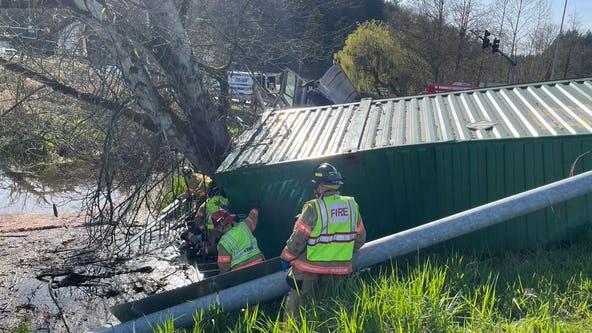 Four people get minor injuries from semi-truck collision on SR-18 near Auburn