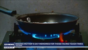 Small Tacoma restaurant closes doors on Mother's Day to feed folks experiencing hard times