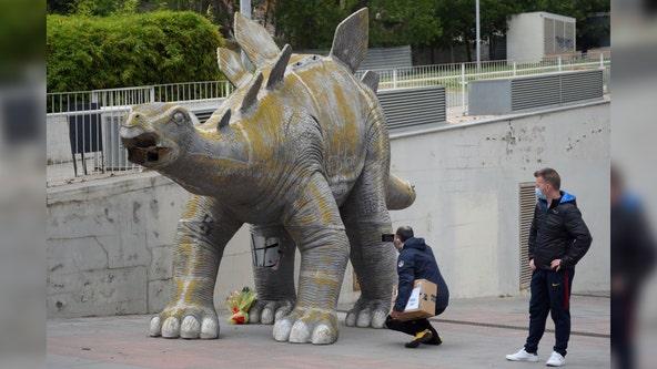 Body of missing man found inside dinosaur statue