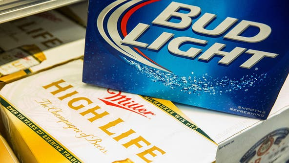Ohio man allegedly loads shopping cart with 14 cases of beer, attempts to return them