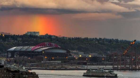 Gold in them hills? Brilliant rainbow brings stunning color display across Seattle