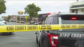 Police searching for suspect in White Center shooting after 2 people killed, 2 injured