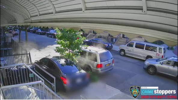 VIDEO:  Man escapes assassination attempt in Brooklyn