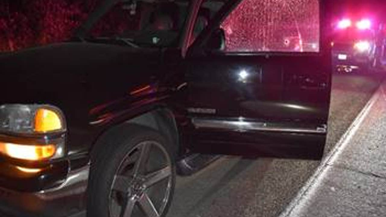 2 people shot in SUV while driving on I-5 in King County
