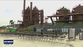 Fans and businesses prepare for Seattle Kraken's NHL Expansion Draft at Gas Works Park