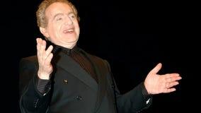 Rabbi-turned-comedian Jackie Mason dies at 93