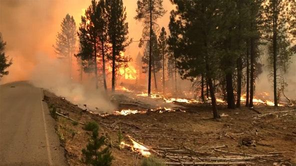 Hundreds of lightning bolts hit dry Oregon, start new fires