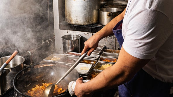 Restaurant, hospitality workers quit at record rates amid COVID-19 pandemic