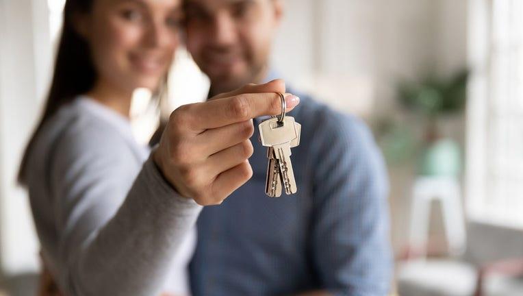 Credible-buying-a-home-iStock-1257117821.jpg