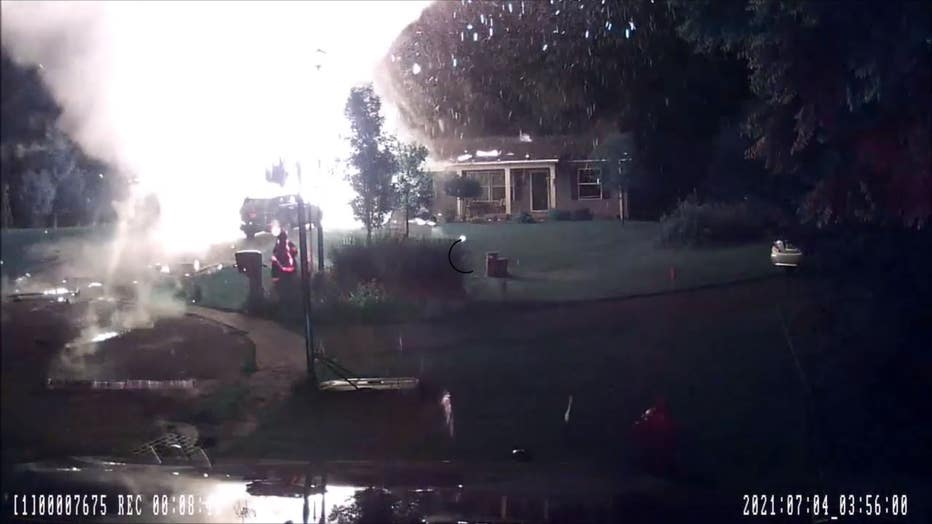 wjbk_propane tank explosion still_070621