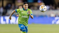 Ruidíaz scores 2 goals, Sounders hold top spot in West
