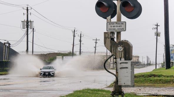 Tropical Storm Nicholas dumps rain, brings flood threat to Gulf Coast